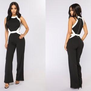 Fashion Nova Jumpsuit XS black and white